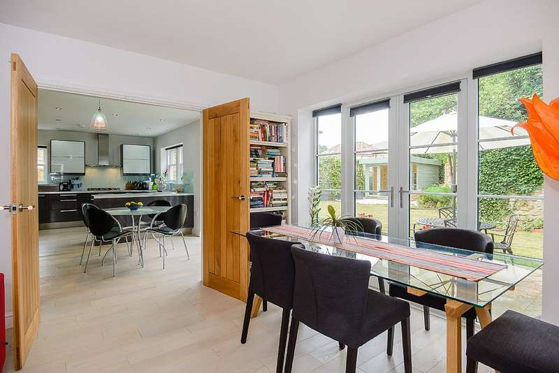 4 Bedrooms Detached House for sale in Beech Avenue, Bath, Somerset, BA2