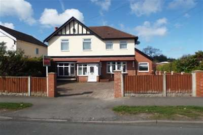 3 Bedrooms House for rent in Eastham Rake, Eastham