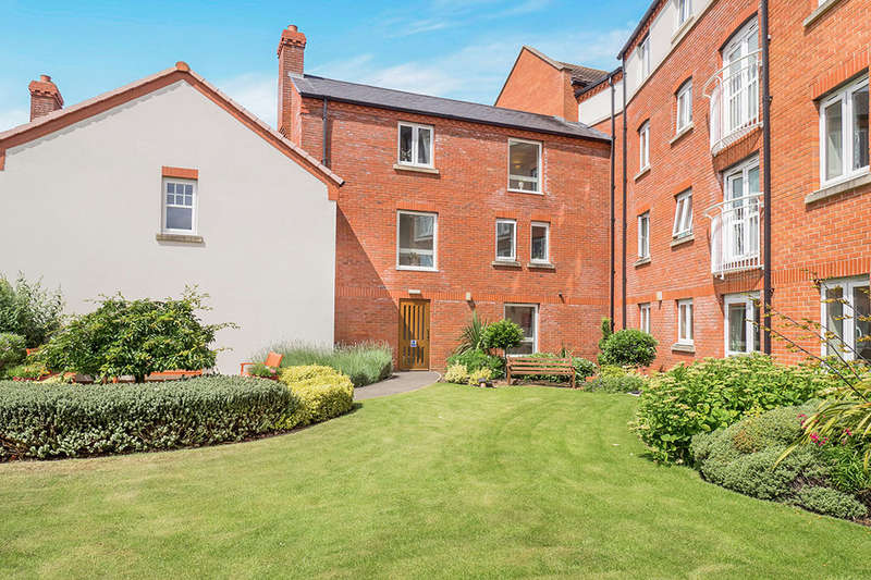 1 Bedroom Flat for sale in Hartwell Court Church Street, Eastwood, Nottingham, NG16