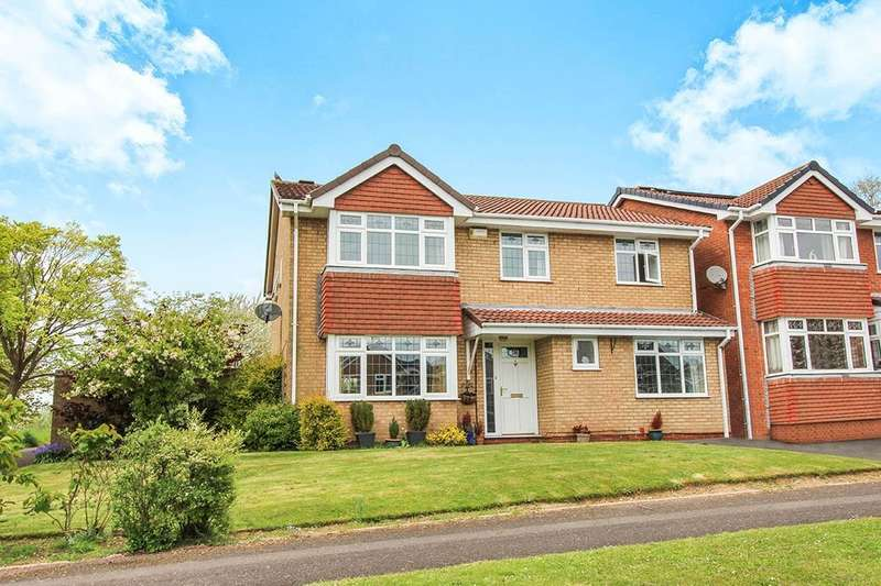 6 Bedrooms Detached House for sale in Condor Grove, Heath Hayes, Cannock, WS12