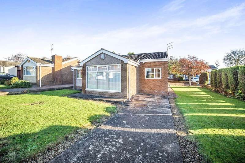 3 Bedrooms Detached Bungalow for sale in Barrowburn Place, Seghill, Cramlington, NE23