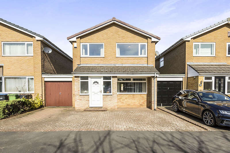 3 Bedrooms Detached House for sale in Mitford Court, Sedgefield, Stockton-On-Tees, TS21