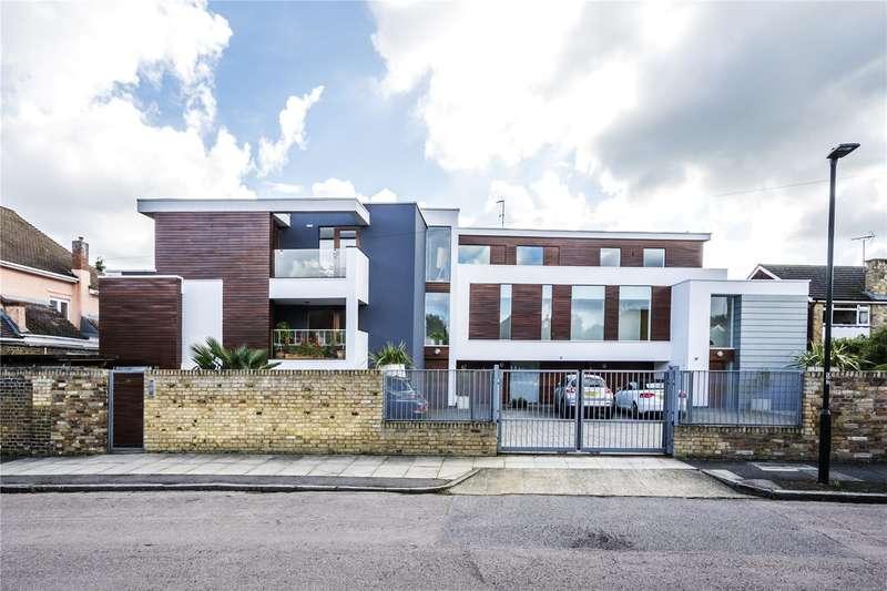 2 Bedrooms Flat for sale in Cranmer Road, Hampton Hill, Hampton, TW12