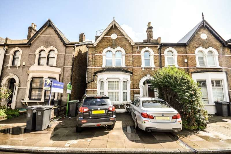 3 Bedrooms Flat for sale in Stanstead Road, London, SE6