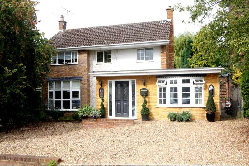 4 Bedrooms Detached House for sale in OVER 1500 SQ FT 4 BED IN Northridge Way, BOXMOOR