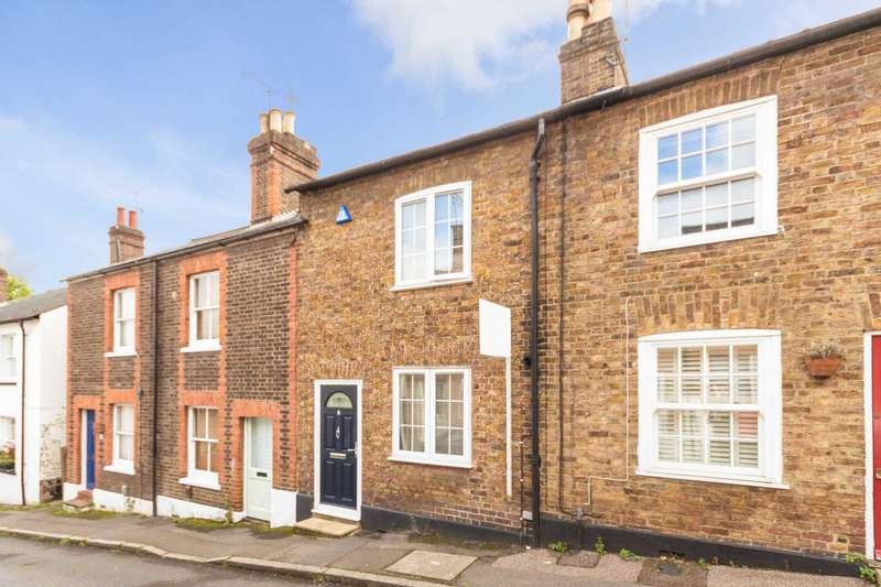 2 Bedrooms House for sale in Highfield Road, Berkhamsted