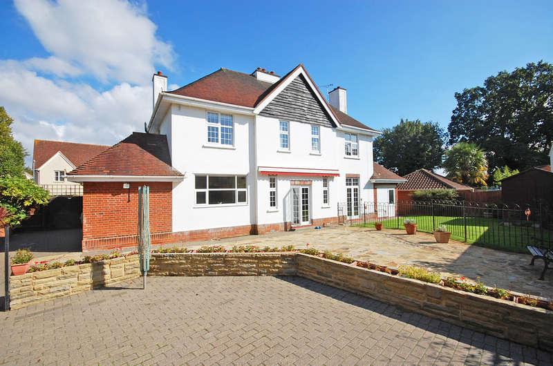 5 Bedrooms Detached House for sale in Denton Crescent, Black Notley, Braintree, CM77