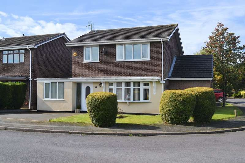 4 Bedrooms Detached House for sale in Lincoln Close, Lichfield, WS13 7SW