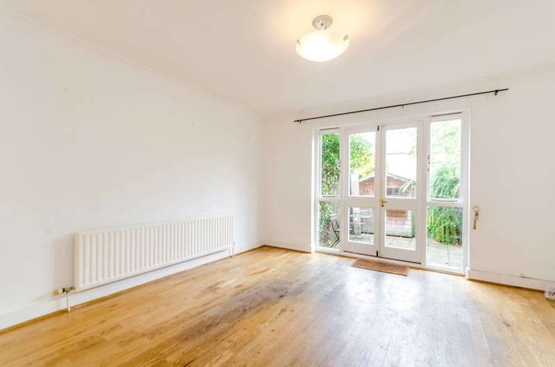 3 Bedrooms House for rent in Elderwood place, West Norwood, SE27