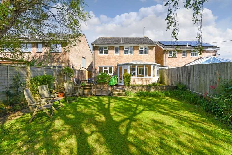 4 Bedrooms Detached House for sale in Beechings, Henfield, West Sussex, BN5