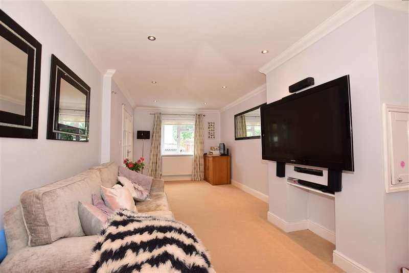 5 Bedrooms End Of Terrace House for sale in Courtfield Avenue, Lordswood, Chatham, Kent
