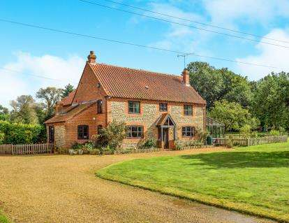 6 Bedrooms Detached House for sale in Ridlington, North Walsham, Norfolk