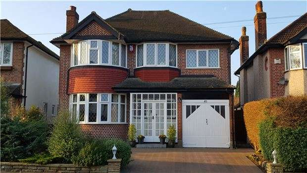 4 Bedrooms Detached House for sale in Carleton Avenue, WALLINGTON, Surrey, SM6 9LN