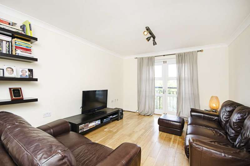 2 Bedrooms Flat for sale in Buxhall Crescent, Hackney Wick, E9