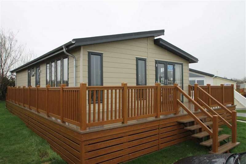 2 Bedrooms Mobile Home for sale in Prestige Casa Di Lusso, Walton-on-the-Naze