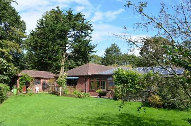 4 Bedrooms Detached House for sale in Pinetops, Knappe Cross, Brixington Lane, EXMOUTH, Devon