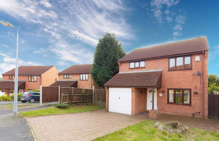 4 Bedrooms Detached House for sale in Morgan Way, Ketley, TF1
