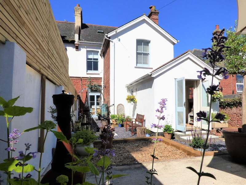 4 Bedrooms Semi Detached House for sale in Whitstone Road, Paignton