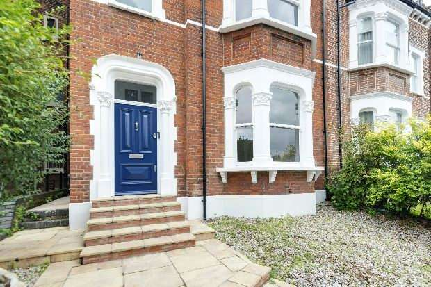 5 Bedrooms Unique Property for sale in Cromwell Place, Highgate, N6