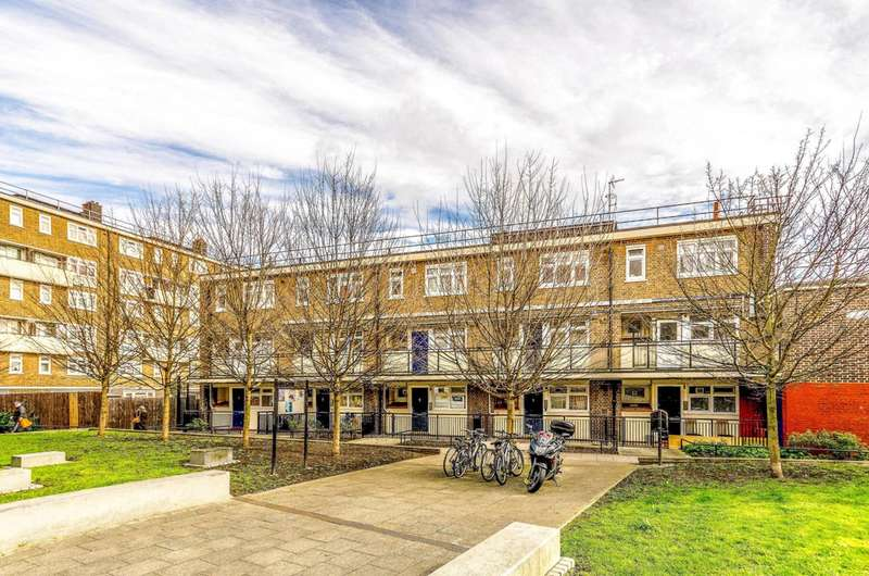 1 Bedroom Flat for sale in Cable Street, Shadwell, E1