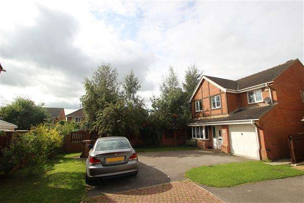 4 Bedrooms Detached House for sale in Romwood Close, Kinsley