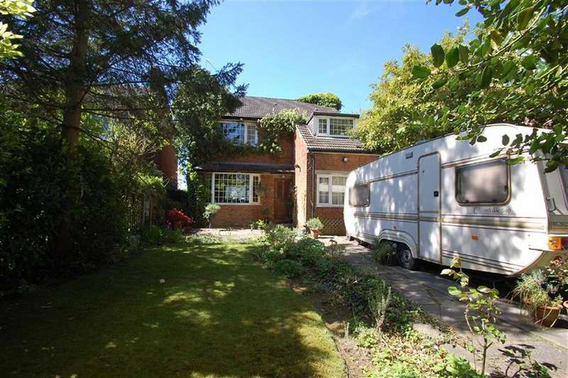 4 Bedrooms Detached House for sale in Jenny Lane, Woodford, Cheshire