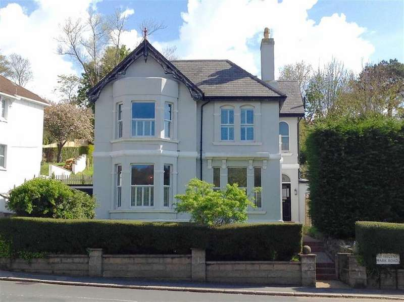 4 Bedrooms Detached House for sale in St Helens Road, Hastings