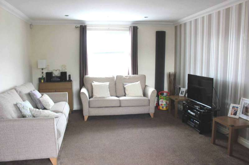 3 Bedrooms Apartment Flat for sale in Chorley Old Road, Bolton