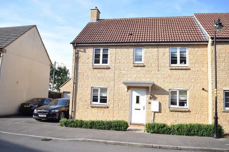 3 Bedrooms Semi Detached House for sale in Nuthatch Road, Calne