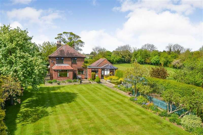 3 Bedrooms Detached House for sale in Main Road, Wyton, East Yorkshire