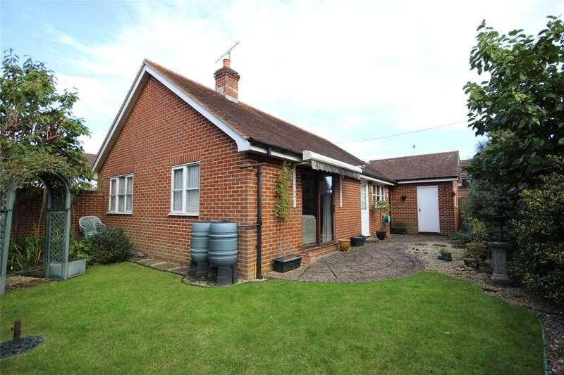 2 Bedrooms Detached Bungalow for sale in Inhams Road, Holybourne, Alton, Hampshire, GU34