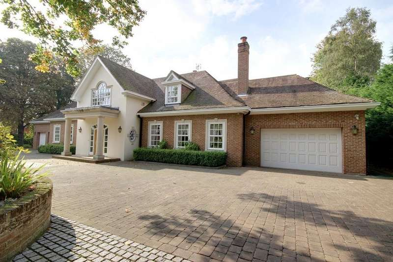 5 Bedrooms Detached House for sale in Westfield Park, Elloughton