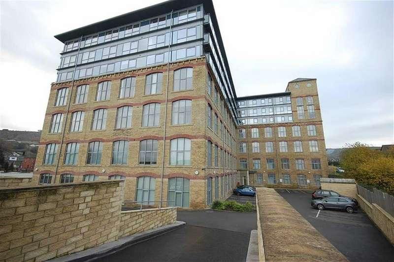2 Bedrooms Flat for sale in Silk Mill, Dewsbury Road, Elland, HX5