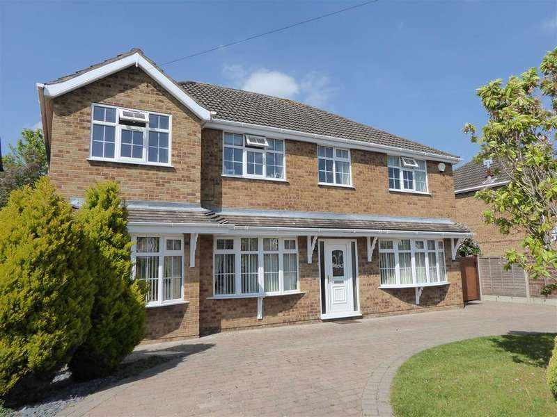 5 Bedrooms Detached House for sale in Dunbar Avenue, New Waltham, Grimsby
