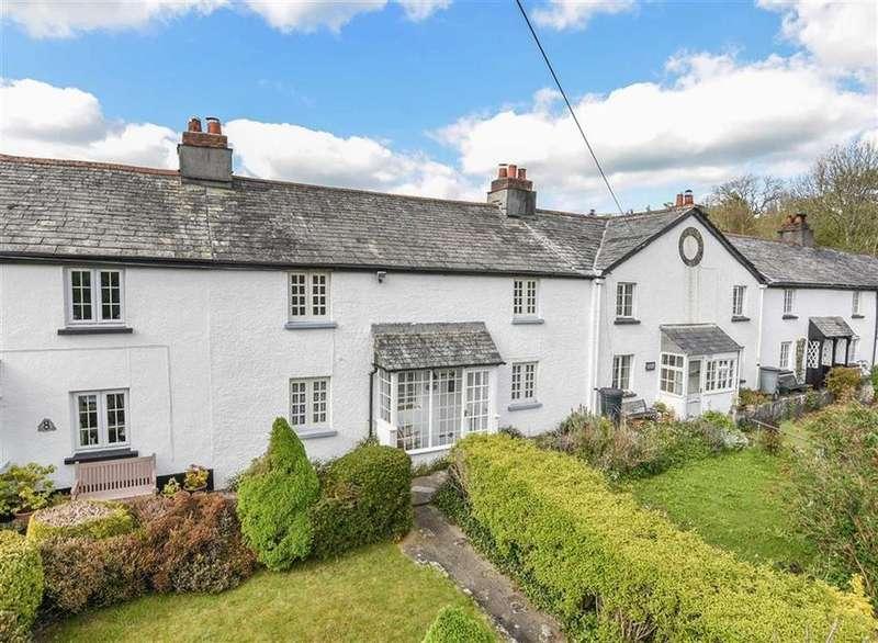 3 Bedrooms Semi Detached House for sale in The Terrace, Yeolmbridge, Launceston, Cornwall, PL15