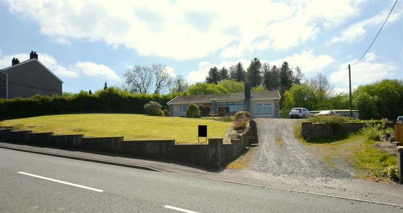 2 Bedrooms Detached Bungalow for sale in Gwendraeth Road, Tumble, Llanelli