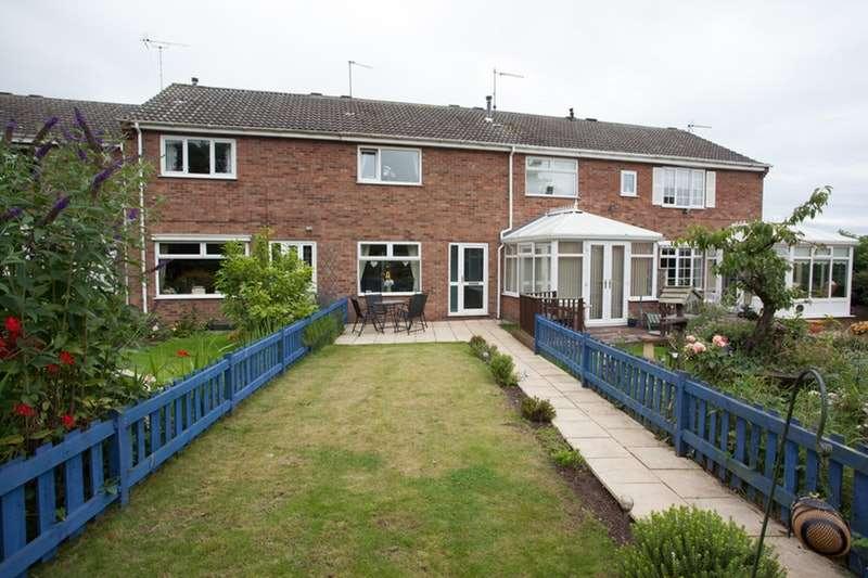 2 Bedrooms Terraced House for sale in Bretel Walk, Bridlington, East Yorkshire, YO16