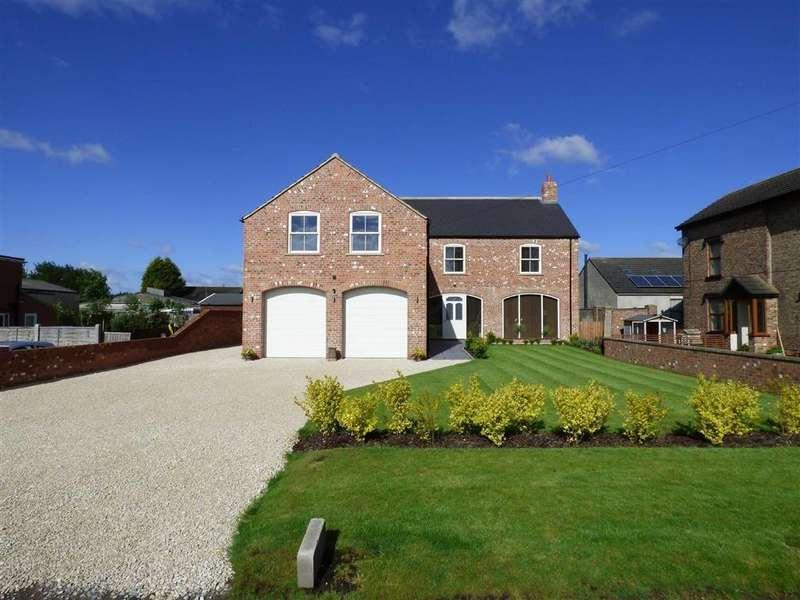 5 Bedrooms Detached House for sale in Sandholme Road, Gilberdyke