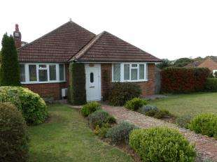 3 Bedrooms Bungalow for sale in Hillside Avenue, Hillside Avenue, Seaford