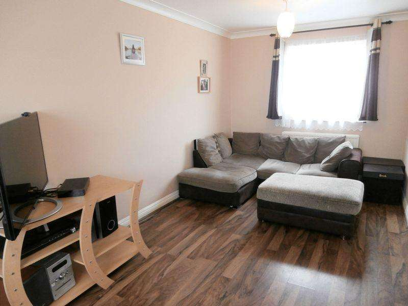 2 Bedrooms Apartment Flat for sale in Osbourne Drive, Keyingham