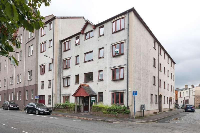 2 Bedrooms Flat for sale in Murieston Road, Edinburgh, Edinburgh, EH11