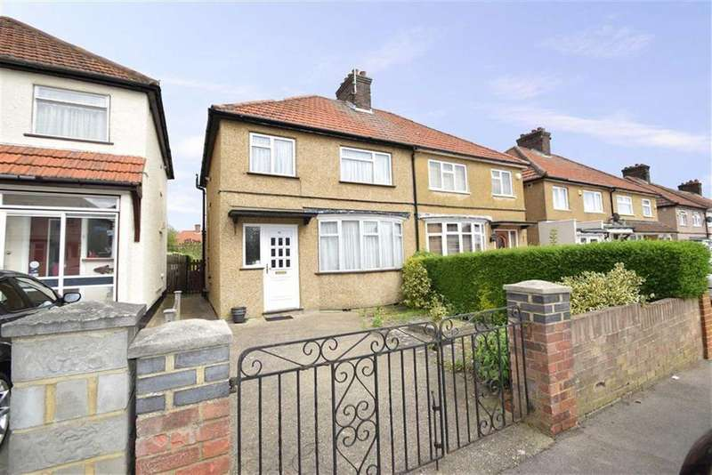 3 Bedrooms Semi Detached House for sale in Berry Avenue, Watford, Herts