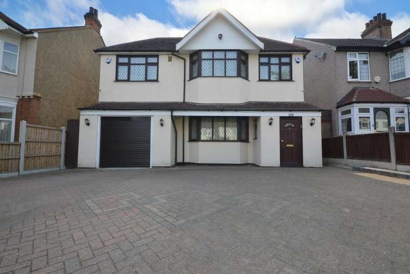 5 Bedrooms Detached House for sale in Collier Row Lane, Romford, RM5