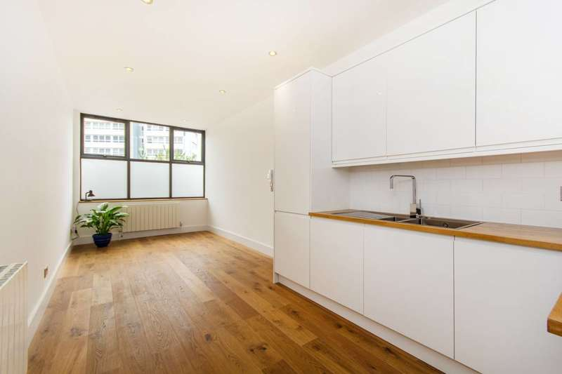 2 Bedrooms Flat for sale in Collingwood Road, Sutton, SM1
