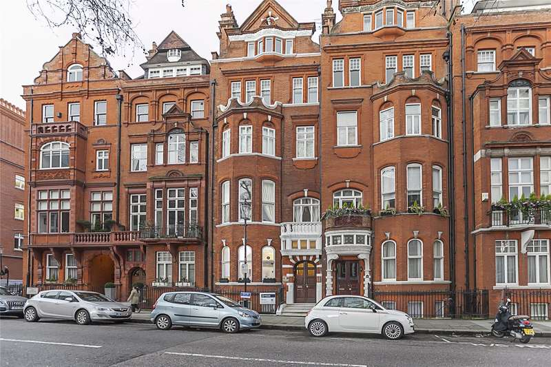 2 Bedrooms Flat for sale in Cadogan Gardens, London, SW3