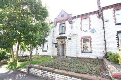 1 Bedroom Flat for sale in North Hamilton Street, Kilmarnock, East Ayrshire