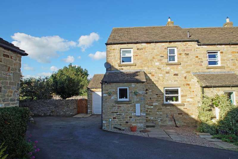 3 Bedrooms Semi Detached House for sale in 39 The Springs , Middleham, Leyburn, North Yorkshire , DL8 4RB