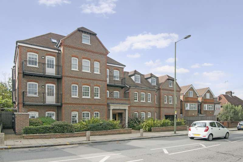 3 Bedrooms Flat for sale in Finchley Road, Golders Green