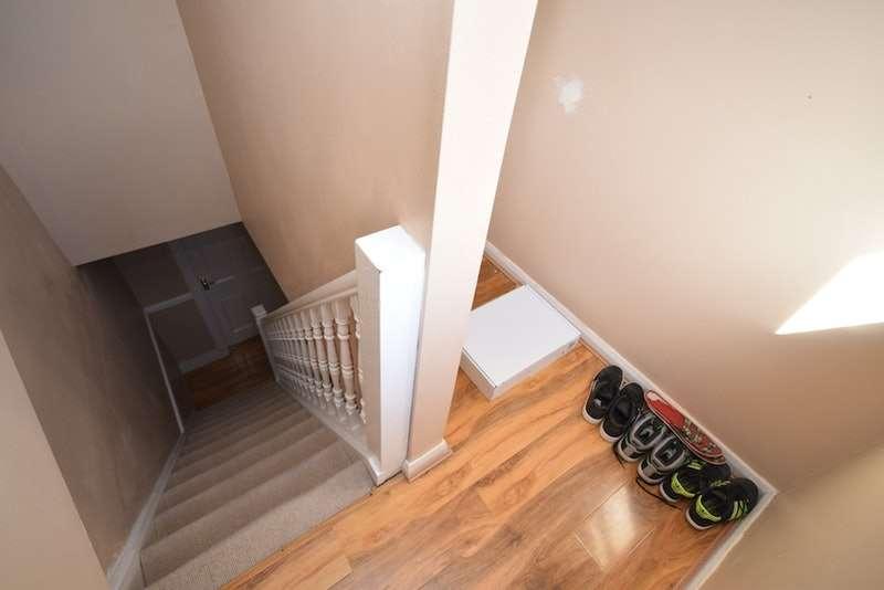 5 Bedrooms Terraced House for sale in Linden Road, Gillingham, Kent, ME7