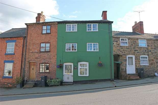 4 Bedrooms Terraced House for sale in Mount Street, Welshpool, Powys